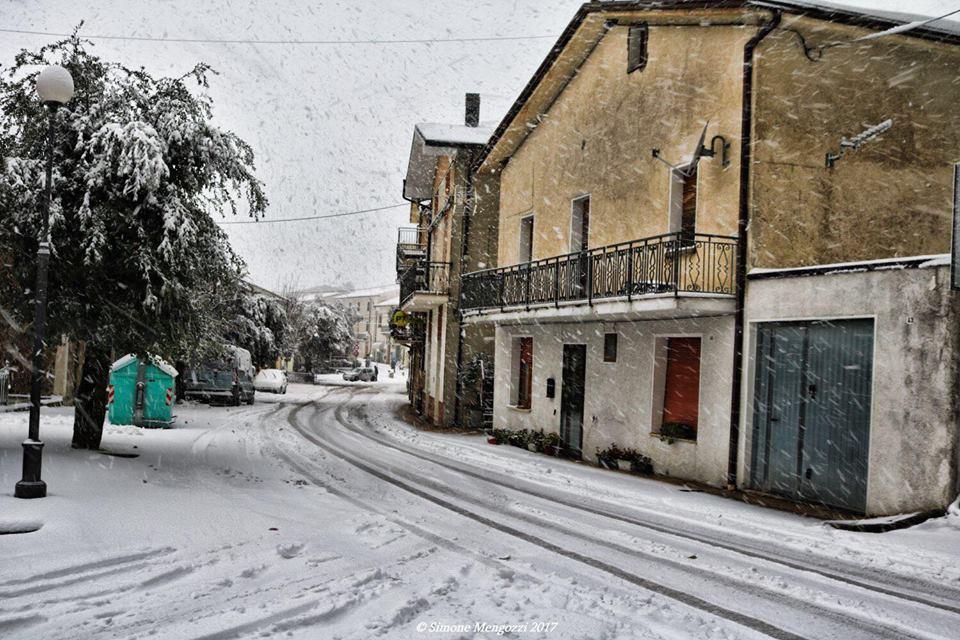 Domenica di maltempo tra emilia romagna e marche neve a - Meteo it bagno di romagna ...