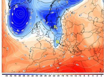 Fig.1 - Il nucleo di aria fredda (in blu)  a 5500m previsto per le ore 05.00 di sabato 29
