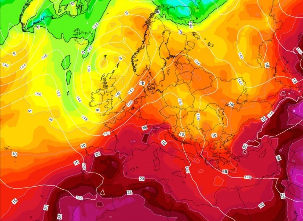 Meteo, l'anticiclone Giuda infiamma l'estate: quasi 40 gradi. Ecco dove