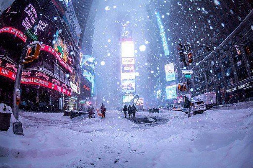 Altre foto di new york sotto la neve meteo giuliacci it for Immagini new york a natale