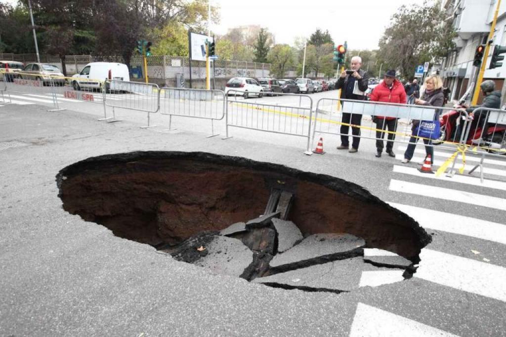 La mappa del rischio idrogeologico di Roma tra frane e voragini