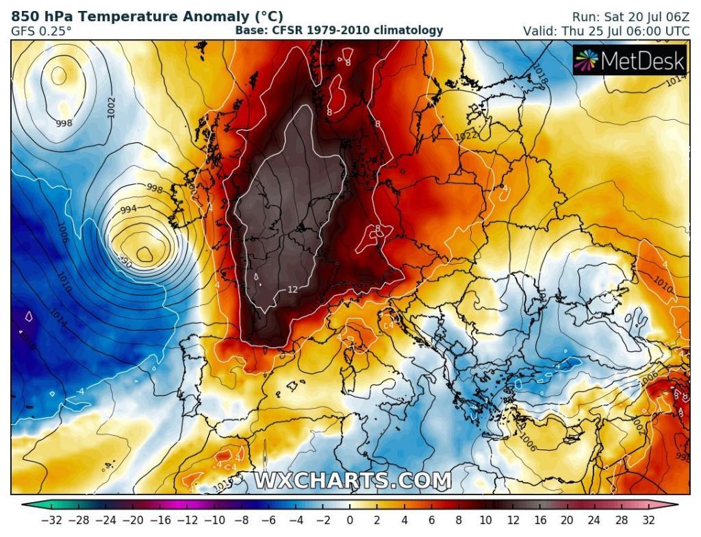 Caldo, prolungata l'allerta meteo: termometro fino a 40°