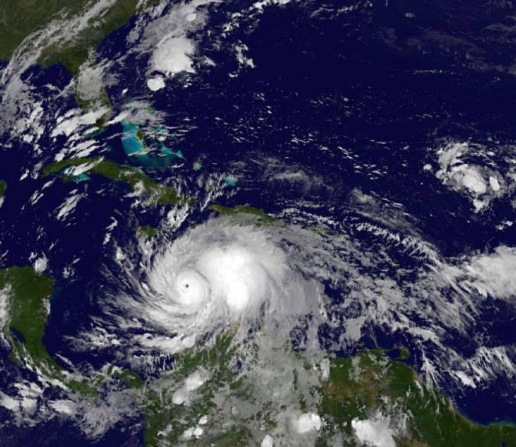 Matthew. Obama, uragano potrebbe essere devastante per la Florida