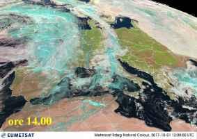 La perturbazione vista dal satellite alle ore 14.00