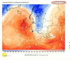 Forticorrenti settentrionali nel versante Nord delle Alpi martedì 23 ottobre alla quota di 5500m ca
